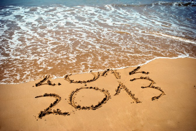 picture-of-2013-beach-sand-inscription-photo-672x450