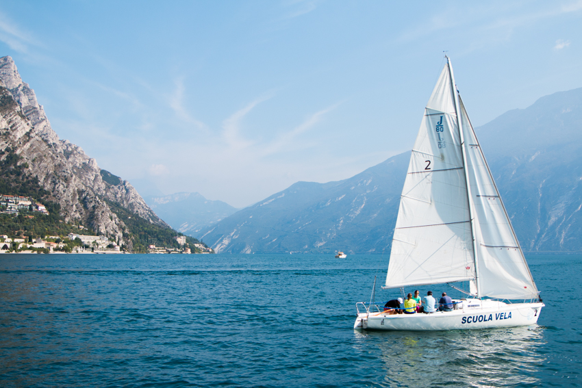 lake-garda-the-middle-of-here-14-10