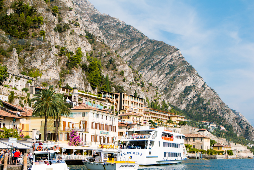 lake-garda-the-middle-of-here-264-112